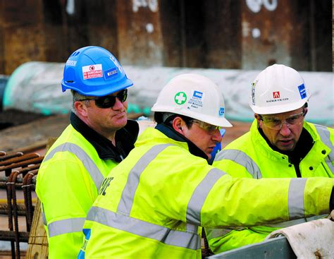 Using Chat Tools To Improve Communication in Construction