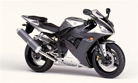 2002 Yamaha YZF-R1 Review